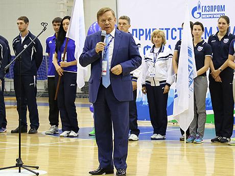 Геннадий Никонов