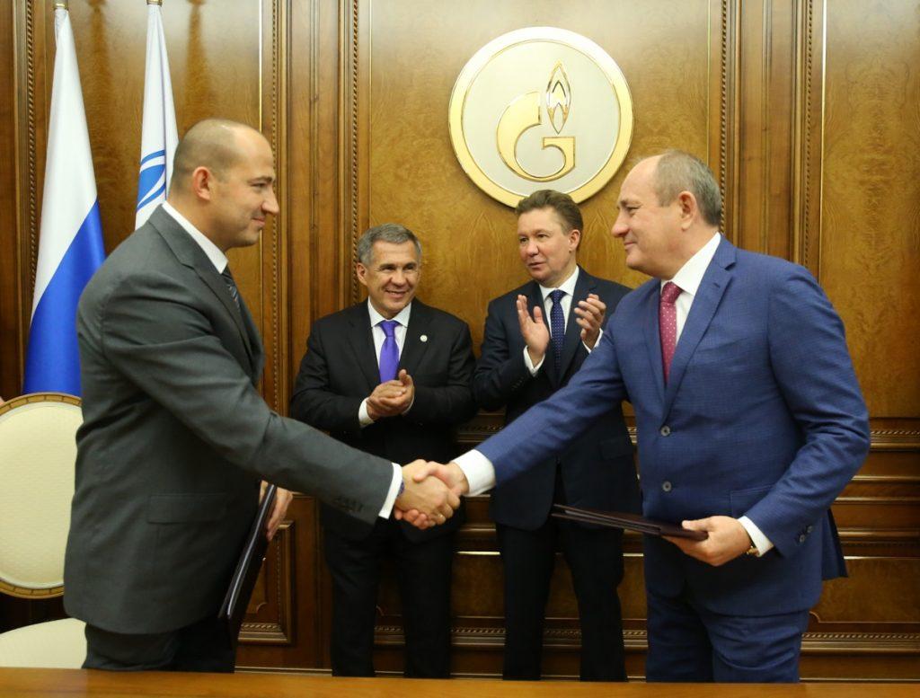 Артем Молчанов и Виталий Маркелов подписали долгосрочный договор на производство и поставку импортозамещающих модульных компрессорных установок